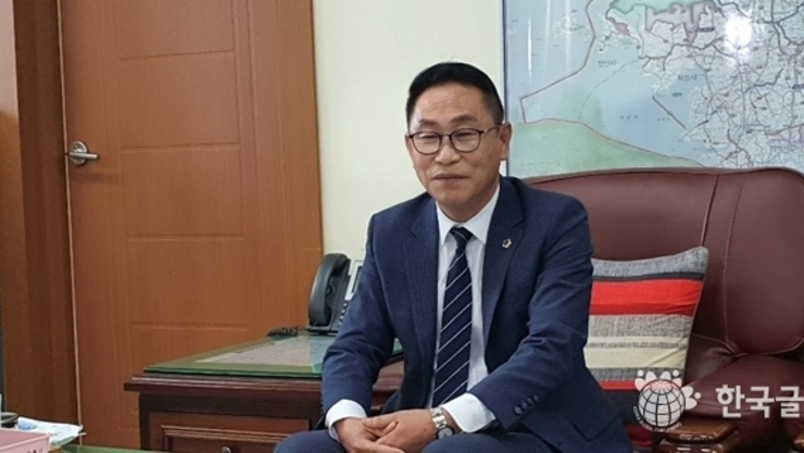 [인터뷰] 경기도의회 오진택의원, 300개가 넘는 마을을 쉼 없이 뛰어다니는 참된 일꾼으로 의정활동 펼친다.